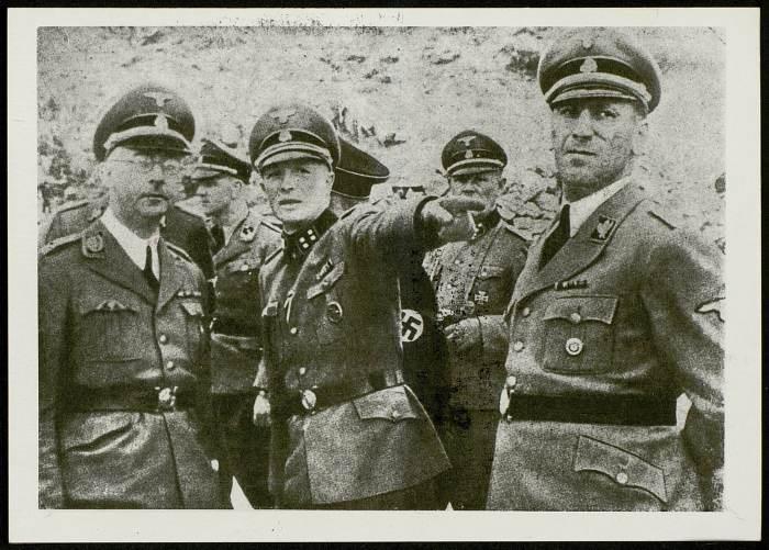 Photographie de Himmler visitant Buchenwald©AFBDK