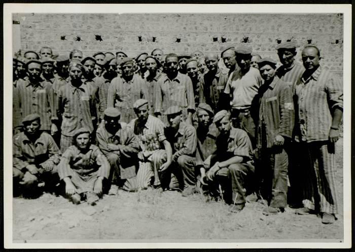 Photographie de déportés à la libération © AFBDK