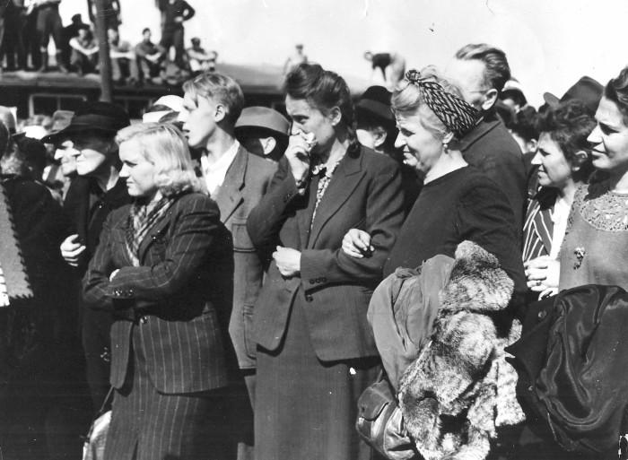 Photographie de femmes civiles de Weimar © AFBDK